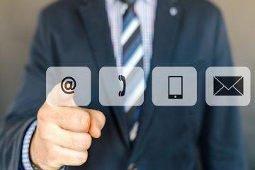 À l'heure où tout est connecté, le service client se met lui aussi à la page en se rendant facilement accessible grâce au petit bouton connecté.