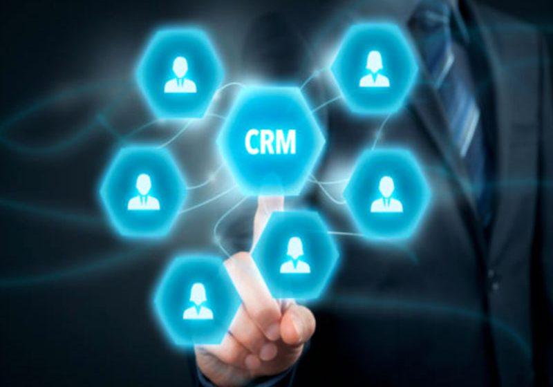 Le CRM Onboarding permet de créer une base de données pertinente favorisant ainsi un meilleur ciblage des clients. Ceci est un premier pas vers une relation client réussie.