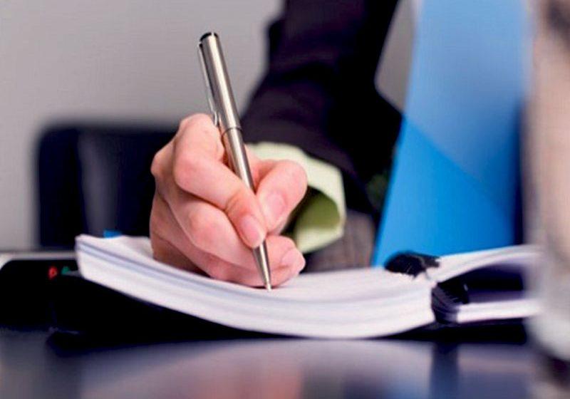 Dans le milieu professionnel, il est primordial d'avoir une orthographe irréprochable. Cependant, ce n'est pas toujours le cas dans la relation client.