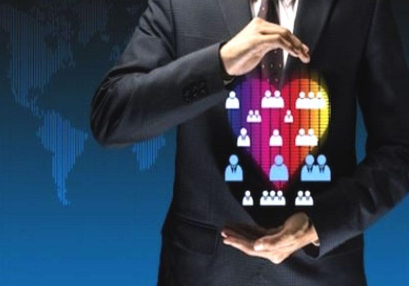 Une firme peut réussir grâce au customer centric, une approche marketing visant à cibler les clients, les découvrir, connaître leurs attentes et les satisfaire