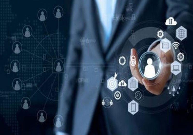 Le CRM et le CX sont essentiels pour le développement d'une firme. C'est pourquoi il faut les mettre en avant dans la stratégie de l'entreprise.