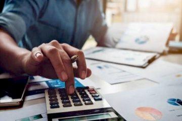 Afin de choisir un gestionnaire d'actifs qui répondra à leurs attentes, les clients peuvent s'appuyer sur divers facteurs tels que la planification financière.